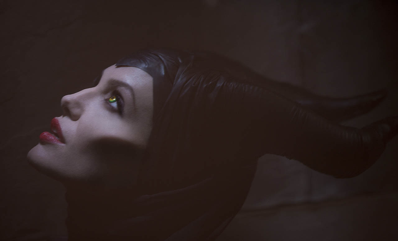 Angelina Jolie es Malfica en MALEFICENT