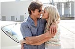 Foto Tom Cruise y Sarah Wright como Barry Seal y Lucy Seal